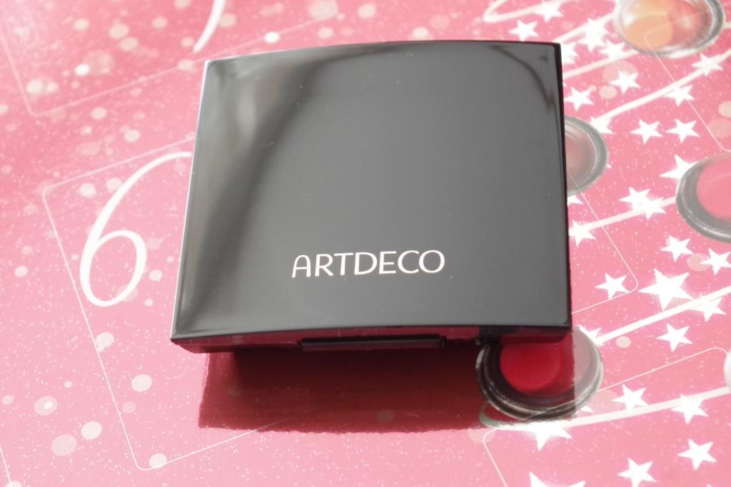 artdeco-adventskalender-2016-dekorative-kosmetik-schminke-lidschatten-inhalt-unboxing-022