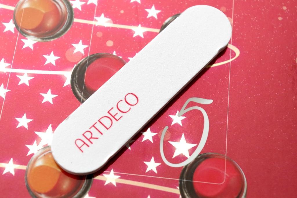 artdeco-adventskalender-2016-dekorative-kosmetik-schminke-lidschatten-inhalt-unboxing-025