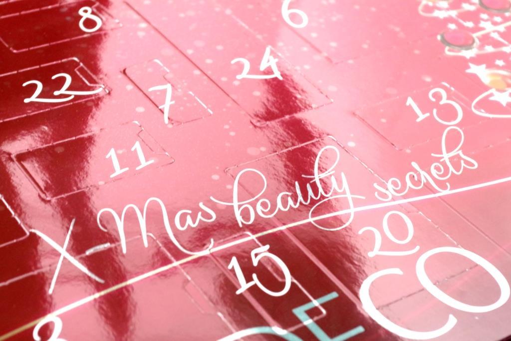 artdeco adventskalender 2016 dekorative-kosmetik-schminke-lidschatten-inhalt-unboxing-033